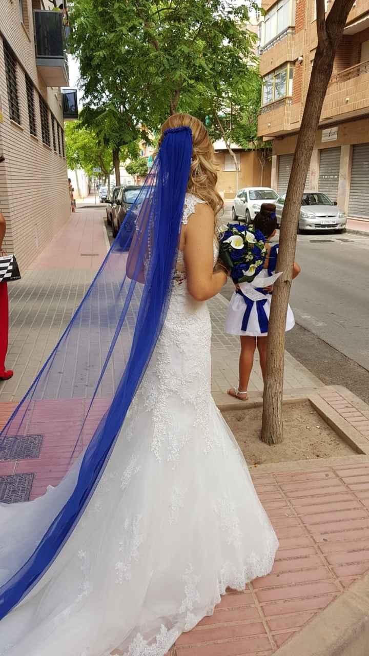 """""""la novia de azul"""" me he ganado el apodo a pulso, nuestro día ya paso... - 1"""