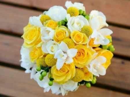 Ramo de novia amarillo y blanca