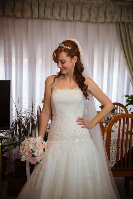 Peinados de novia con velo y tiara