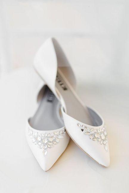 zapatos de novia bajos. ¿a o b? - moda nupcial - foro bodas