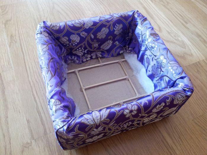 caja con la tela