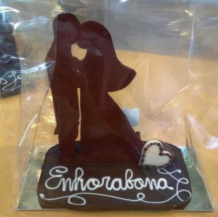 cake topper de chocolate - 1