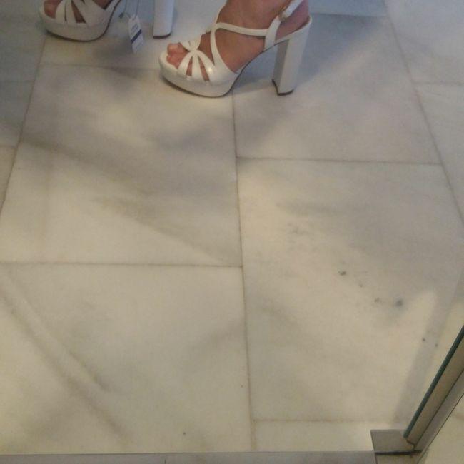 Sandalias o stilettos? 1