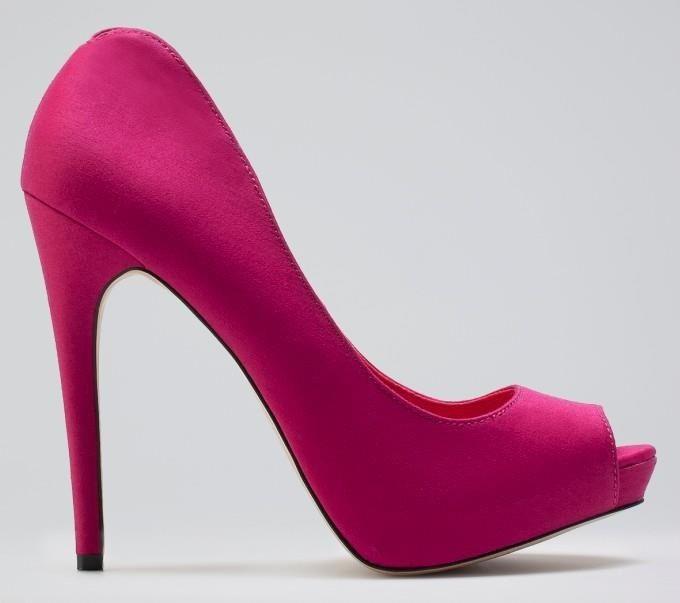 zapatos fucsia bershka