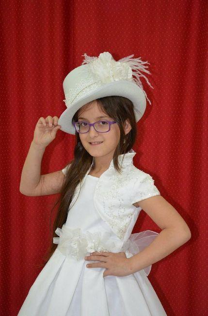 Novia con sombrero - 1