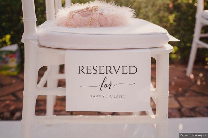 ¿Señalar las sillas de la ceremonia así? 👇 1