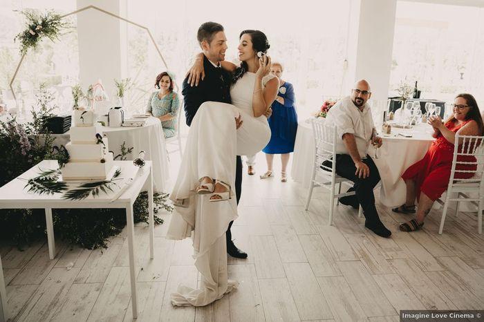 ¿Crees que tu pareja te llevará en brazos el día de la boda? 🙊 1
