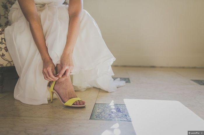 Sandalias amarillas 💛 1