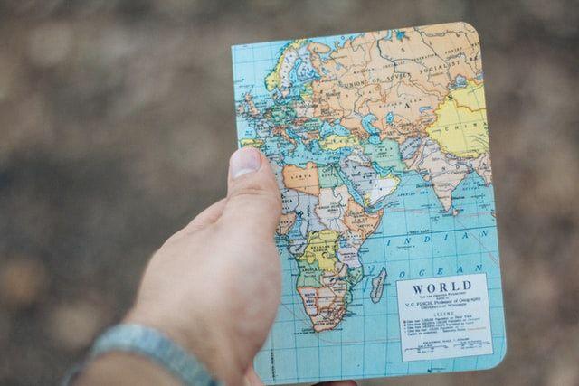 Vacaciones en pareja: ¿Quién de lxs dos organiza los viajes? 2