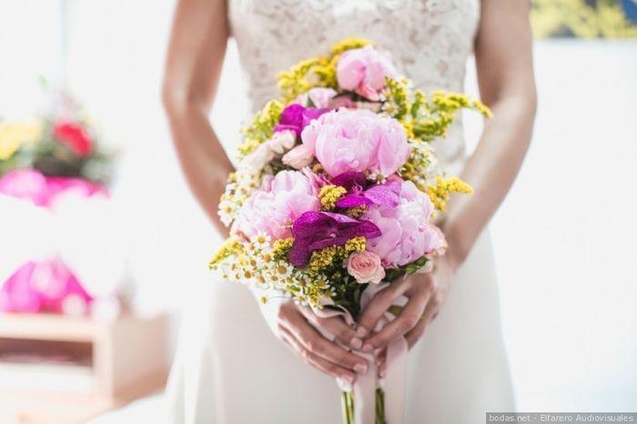 ¡3 románticos ramos de novia con peonías! 💐 3