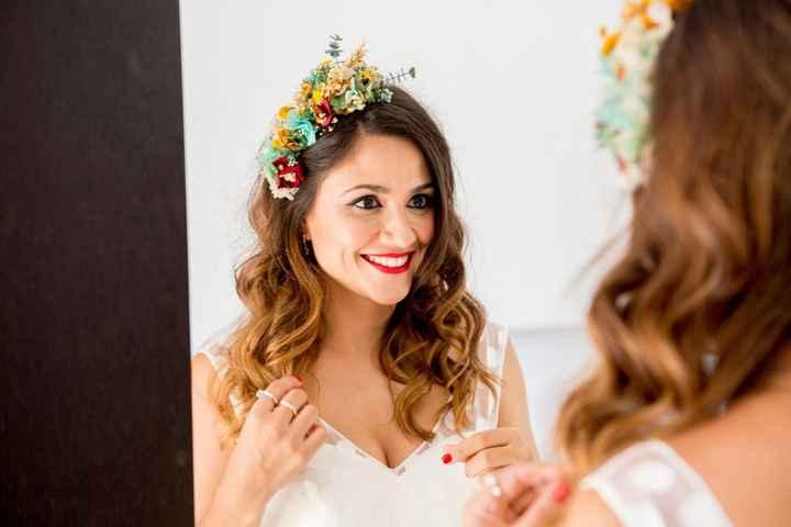 Peinados naturales para looks de novia sencillos 👇 - 1