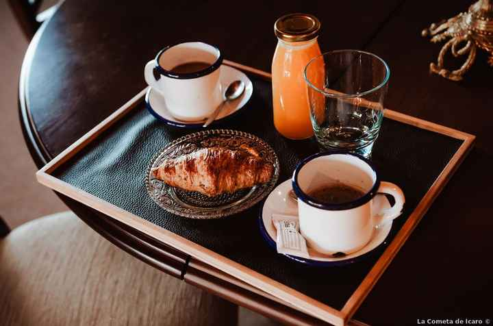 ¿Desayunarás sol@ o acompañad@ el día de la boda? - 1