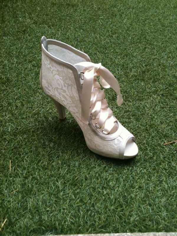 Mis zapatos de novia!!!