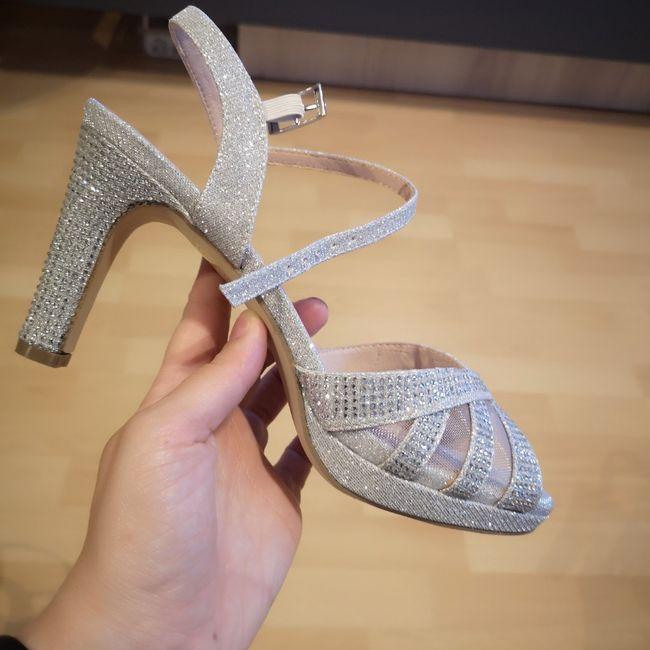 Zapatos brillo, adecuado para novia? 1