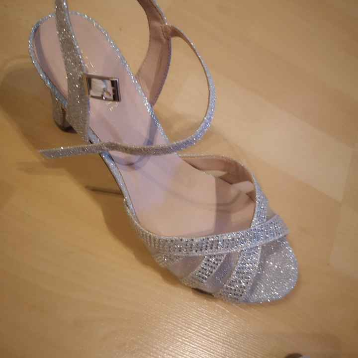 Zapatos brillo, adecuado para novia? - 2