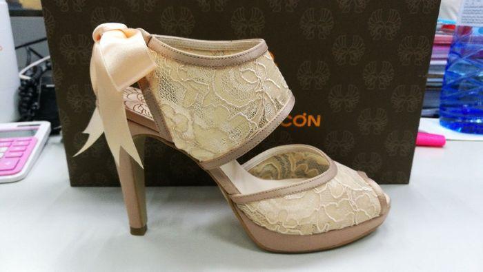 Qué os parecen mis zapatos!? 1
