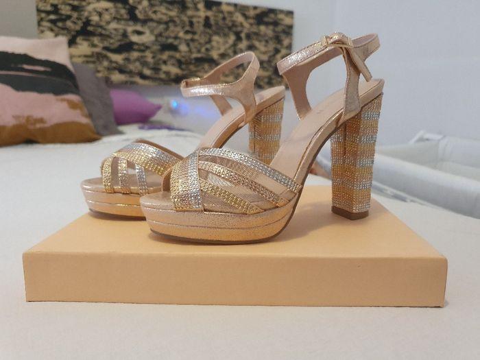 Dilema zapatos - 1