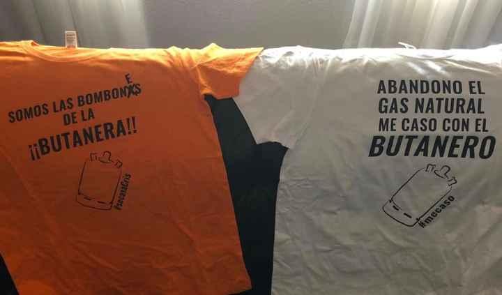 Camisetas de ellas y la mia
