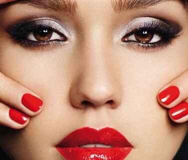 Inspiración maquillaje para labios rojos - 8