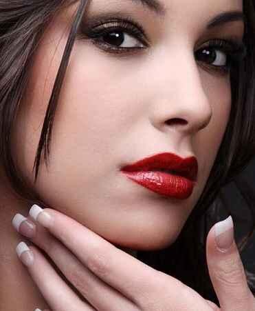 Inspiración maquillaje para labios rojos - 9