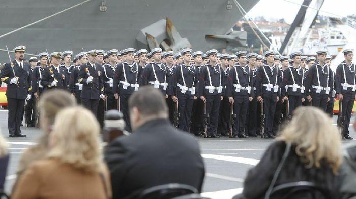 Mi novio se quiere casar vestido de marinero - 1