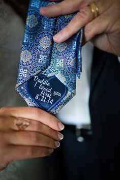 Una corbata especial para nuestro primer hombre