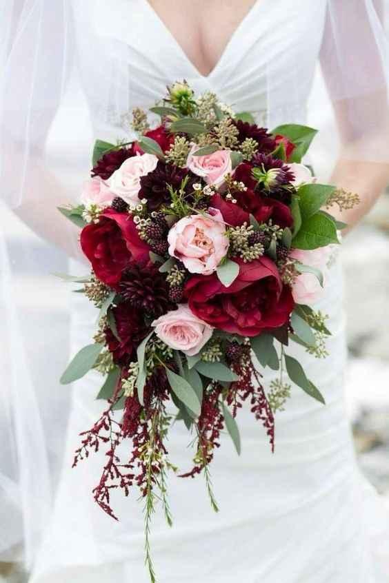 ¿Qué flores no pueden faltar en tu ramo de novia? 💐 - 1