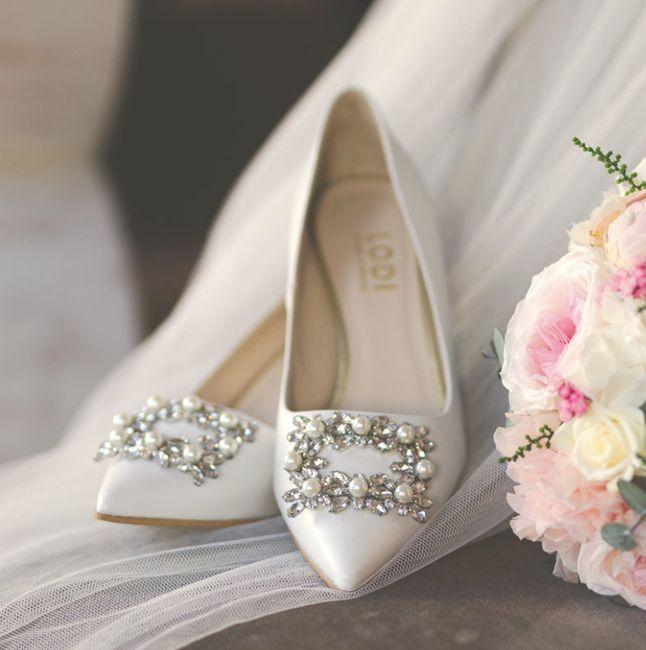 Zapatos planos o con muy poco tacón 10