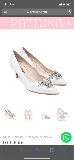 Zapatos planos o con muy poco tacón 11