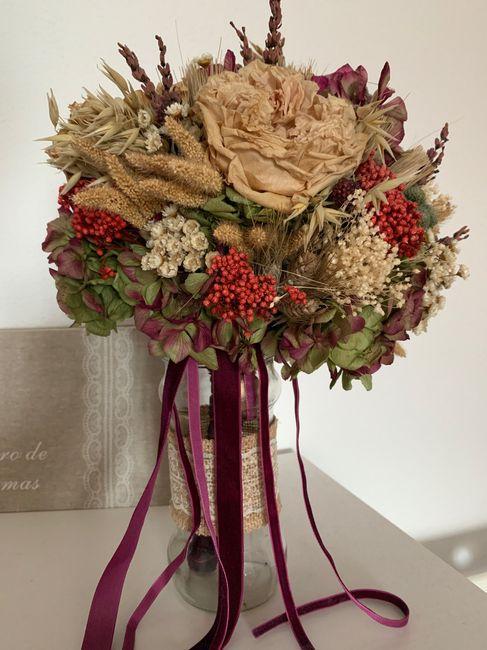 Ramo de novia con flores preservadas ¿sí o no? 3