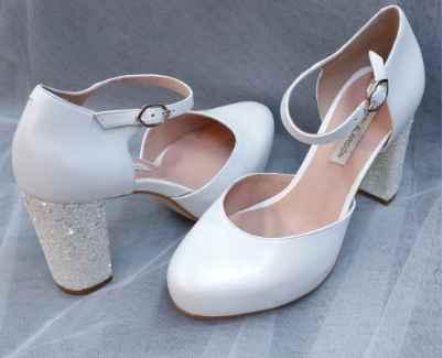 Vuestros zapatos - 1