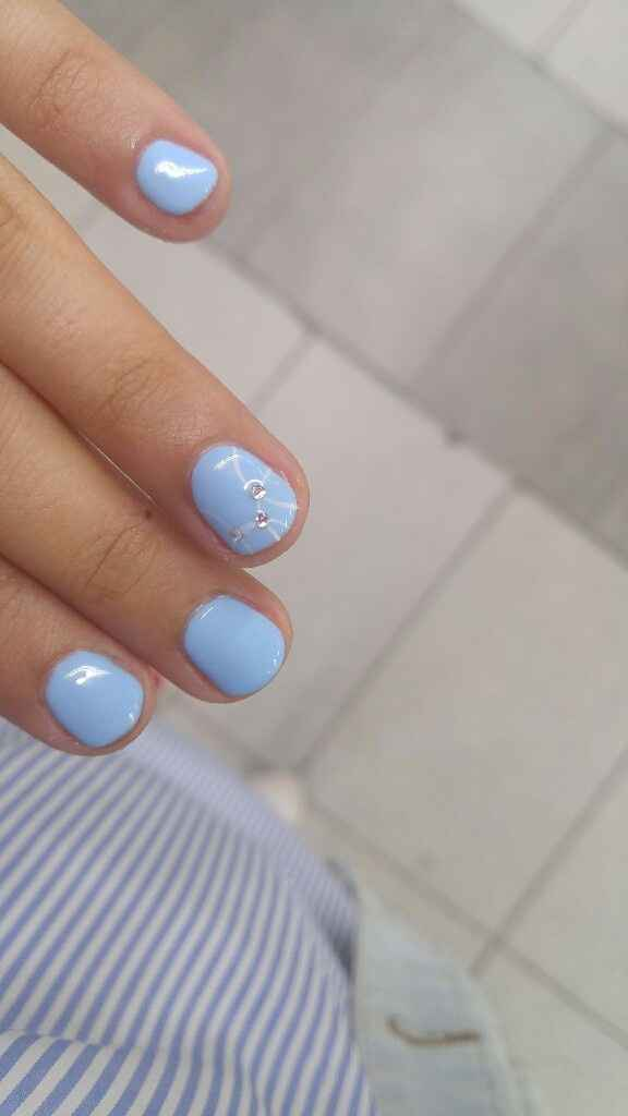 manicura azul