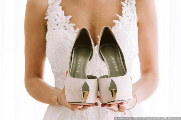Los zapatos: ¿tacones, planos o deportivas? 👠 1