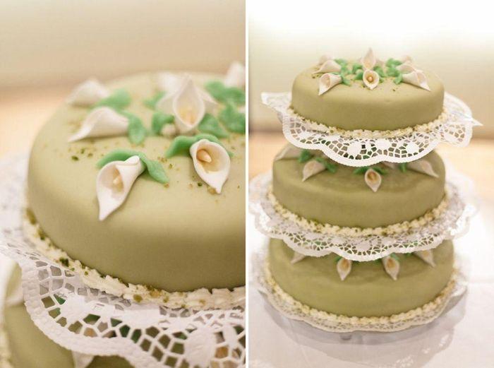 Tarta en blanco y verde