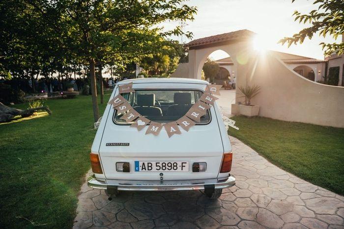 ¡Tips para decorar el coche de bodas y que acapare toda la atención! 2