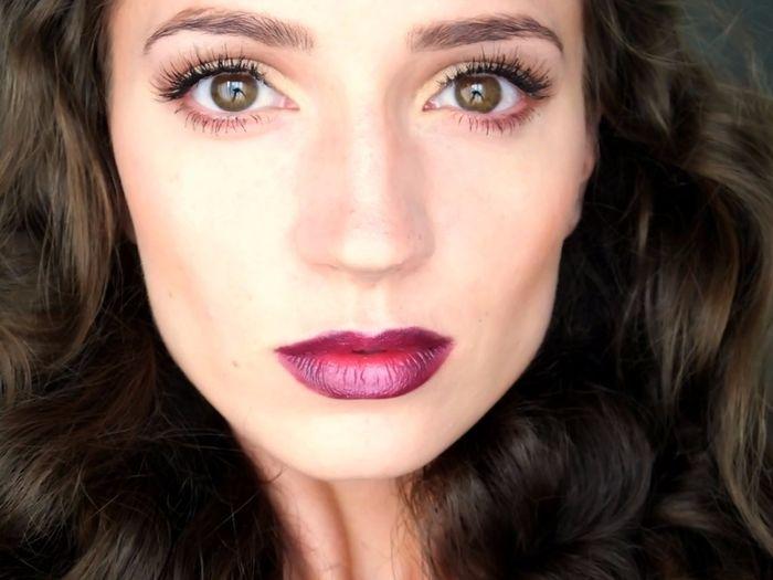 Maquillaje novia con labios granates fotos for Labios burdeos