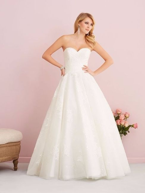 Que vestido de noiva gostas mais? 1