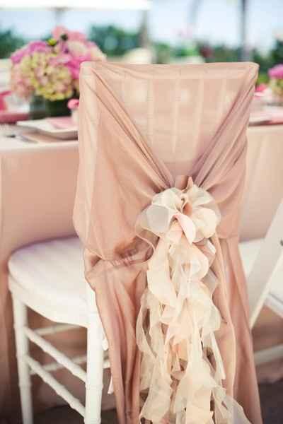 lazada en rosa con flores