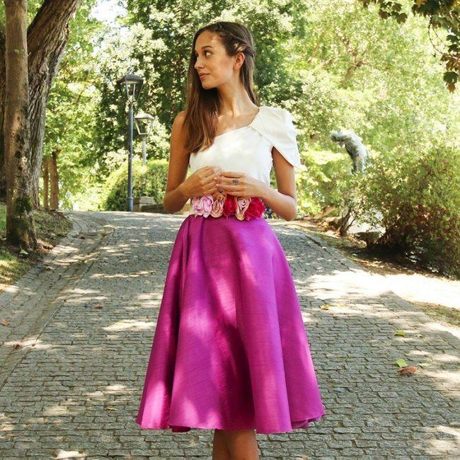 042946b1d 3 invitadas con faldas rosa - Moda nupcial - Foro Bodas.net