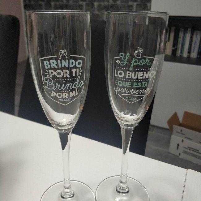 Tendréis copas personalizadas? 3