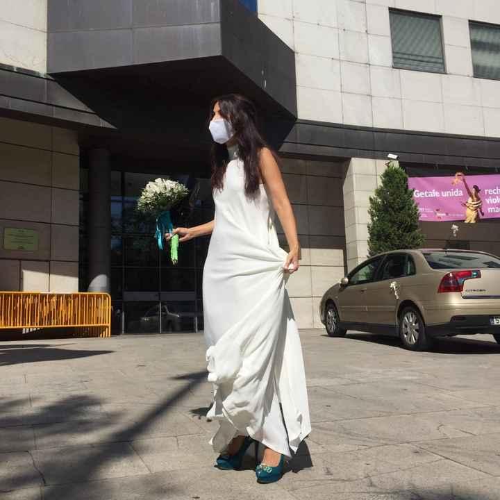 Vestido para boda de 10 invitados - 1