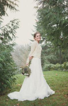 Traje de novia con chaqueta