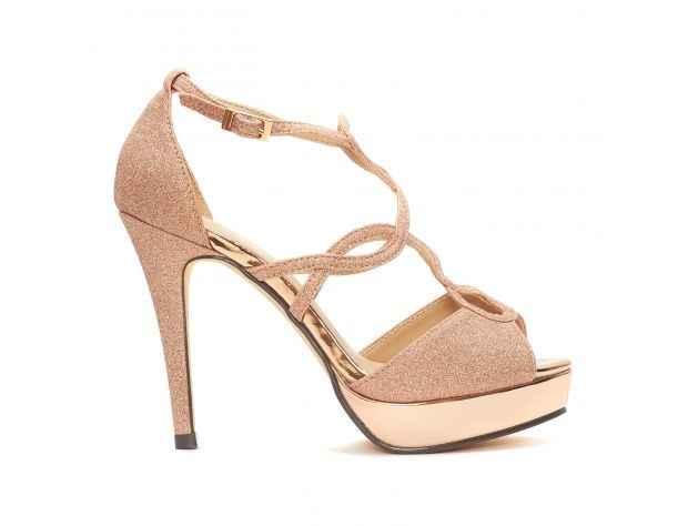 ¿Qué pensais del uso de zapatos en color? - 1