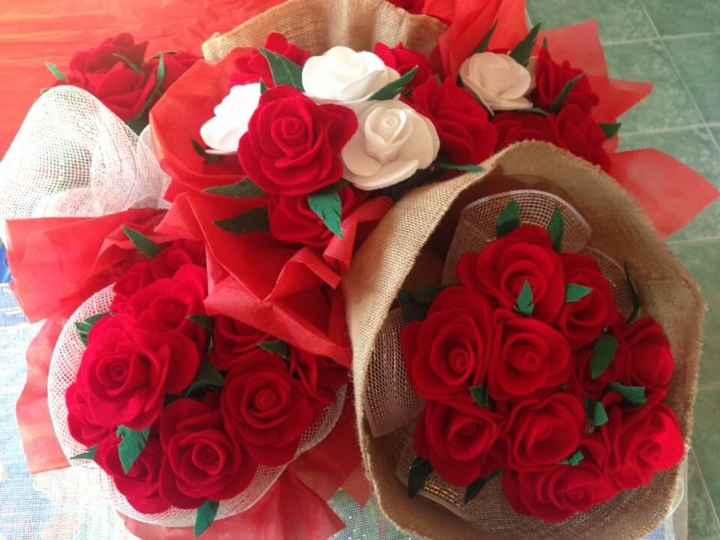 Ramo de flores de fieltro para madres 2