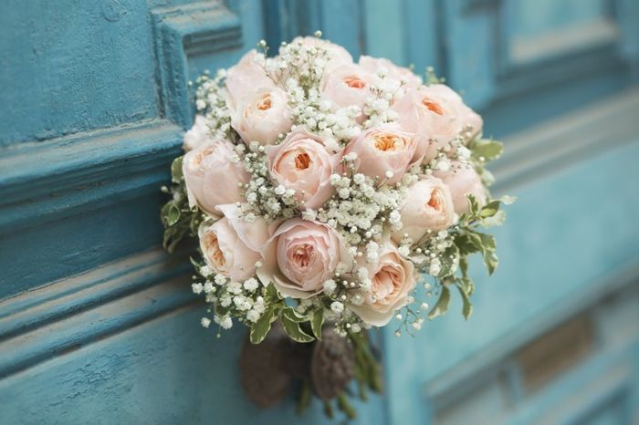 ¿Cuál de estas combinaciones rosas os gusta más para un ramo de novia? 🌸 4