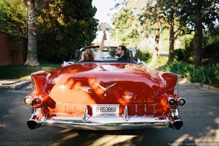 El coche, ¿rosa o rojo? 1