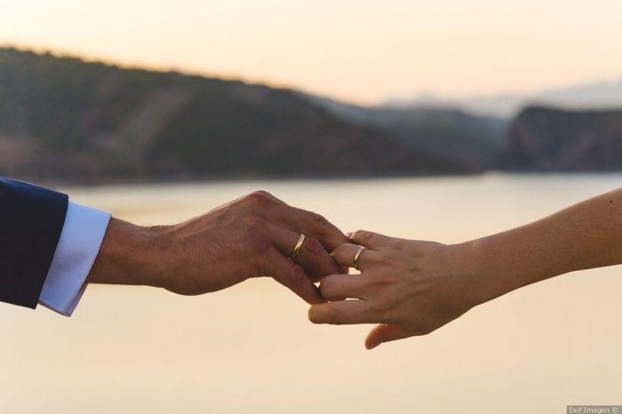 ¿Llevaréis las alianzas en el mismo dedo y en la misma mano? 💍 1