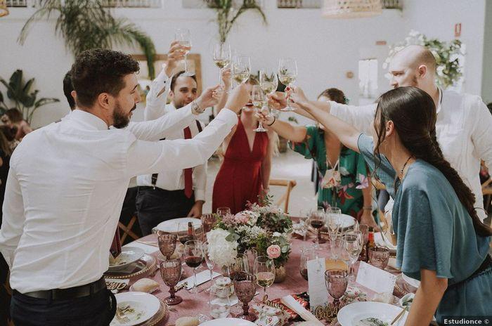 Vão brindar com os vossos convidados? 2