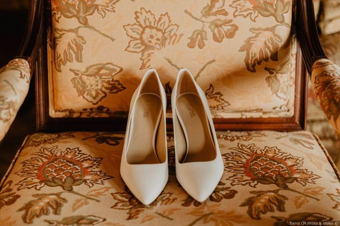 Los zapatos, ¿blancos o negros? 1