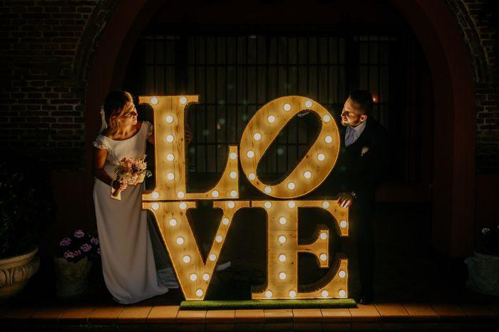 ¿Cuántas ⭐️ le das a estas letras luminosas? 2